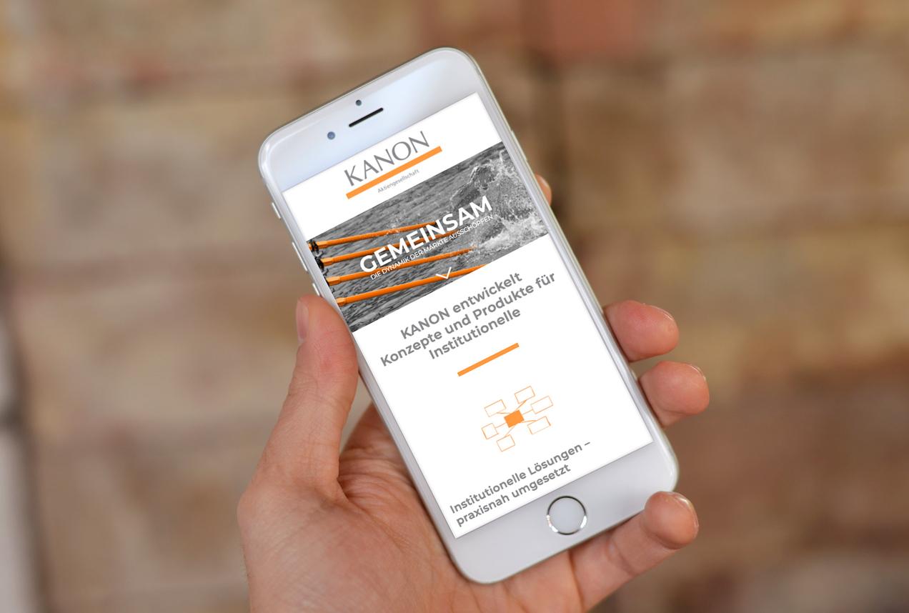 Mobilansicht der Website der Kanon AG auf einem Smartphone