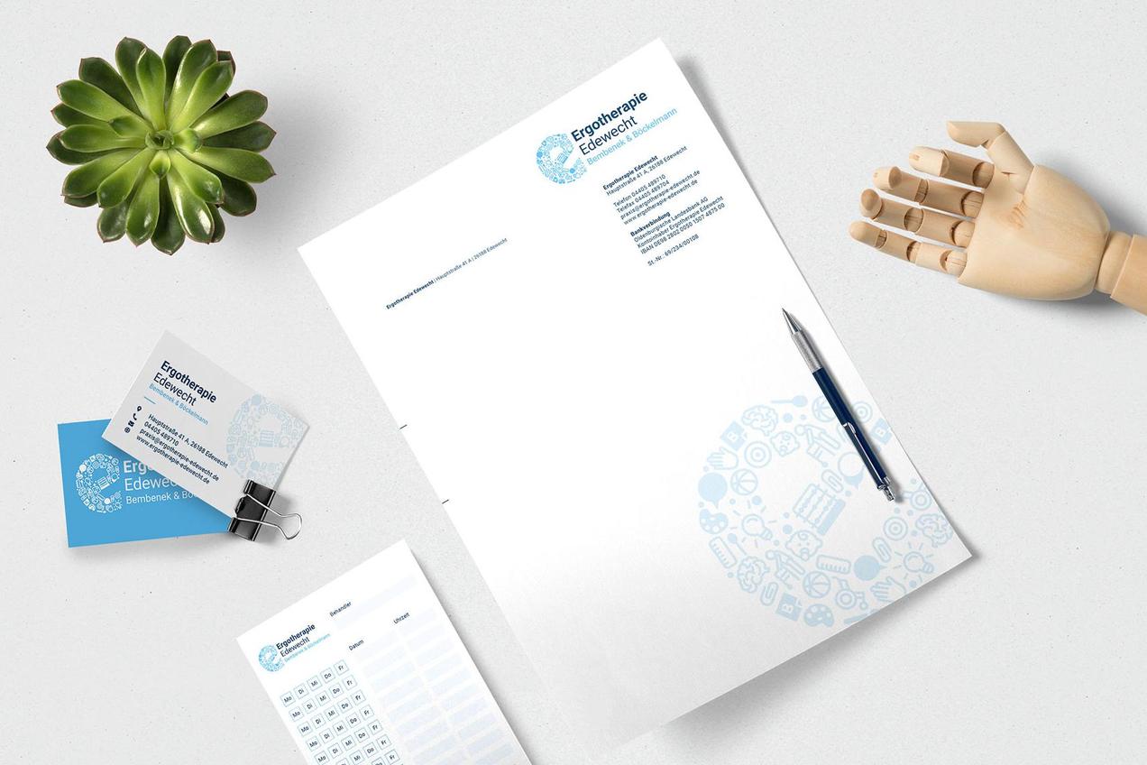 Geschäftsausstattung der Ergotherapie Edewecht in sanften Blautönen