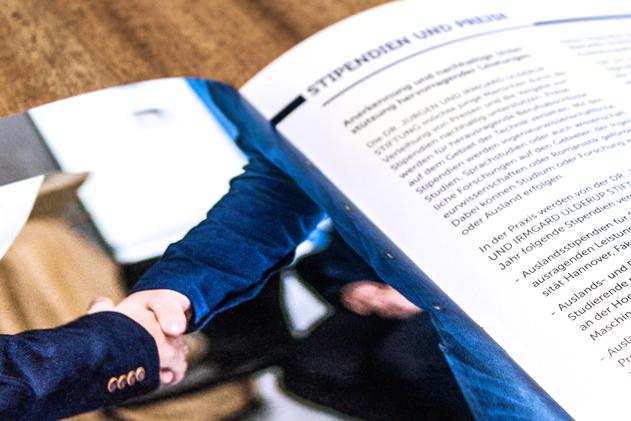 Angewandte Forschung und Entwicklung - Auszug aus der Broschüre